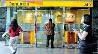Satpam Bank Danamon Dipecat Karena Melaksanakan Shalat Jumat