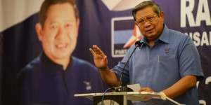 SBY-Tolong-Berhenti-Retorika-Ideologis.-Rakyat-Dalam-Keadaan-Seperti-Ini-Tidak-Butuh-Retorika-Ideologis