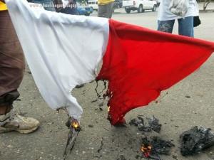 bendera-indonesia-dibakar-di-papua