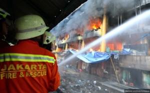 Kebakaran-Terjadi-di-Pemukiman-Padat-Penduduk-di-Kemayoran