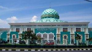 masjid-nurul-iman-padang-jadi-masjid-agung