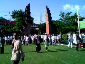 iduladha-di-bali-nonmuslim-dapt-daging